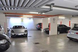 Sentenza Cassazione 28/02/2011 n.7592 – Parcheggio di auto in aree comuni